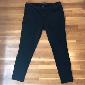 Lane Bryant Mid Rise Super Stretch Skinny Jeans 18
